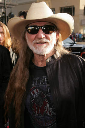 willie nelson uses vaporizers